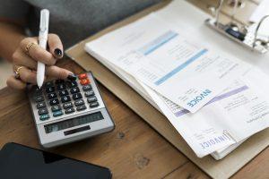 Obrigações relativas ao processamento de facturas - Regulamentação